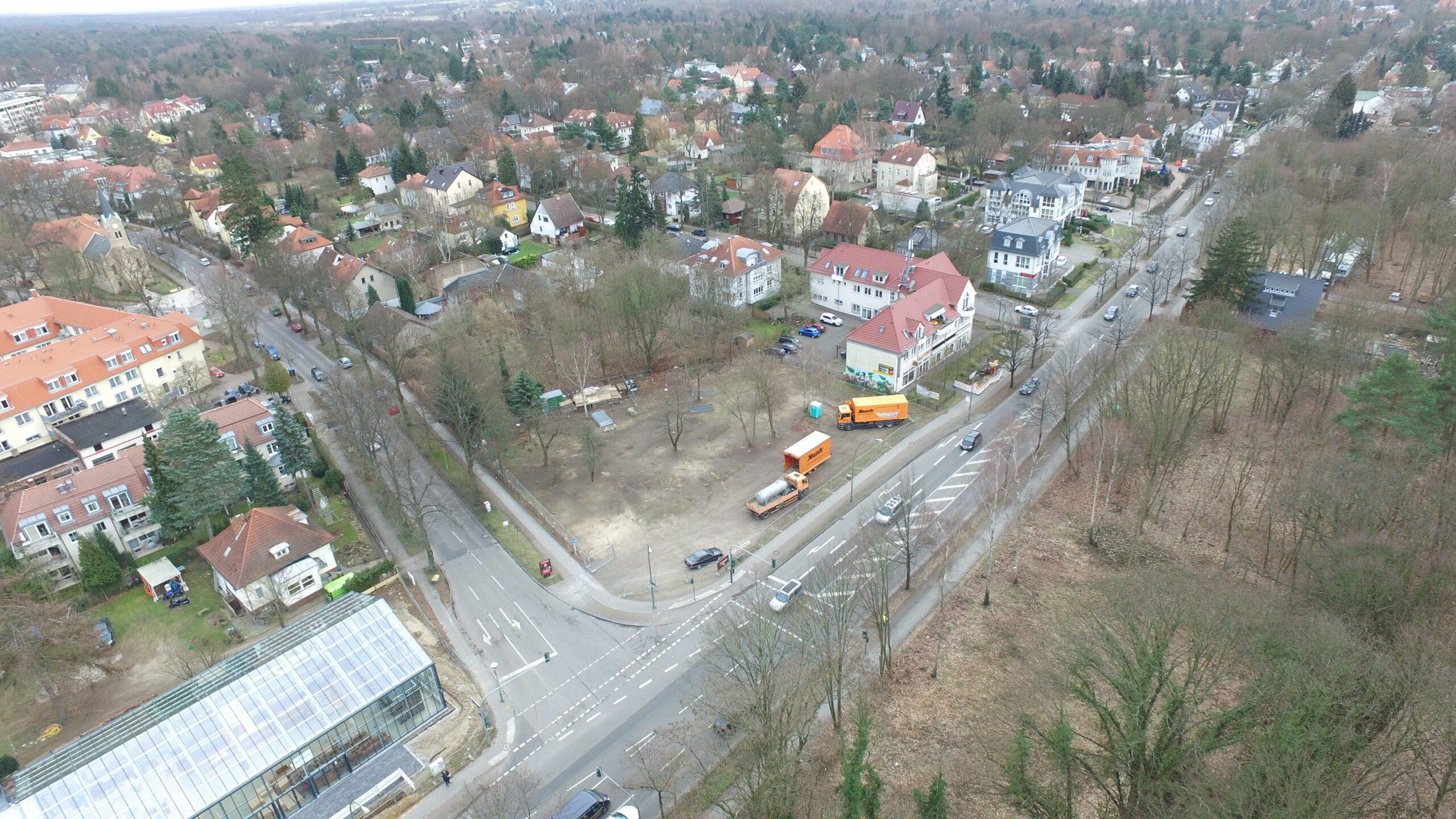 Baugrundstück Glien-Eck 180810_Grundstücke Hauptstrasse 1_ und Hauptstrasse 3